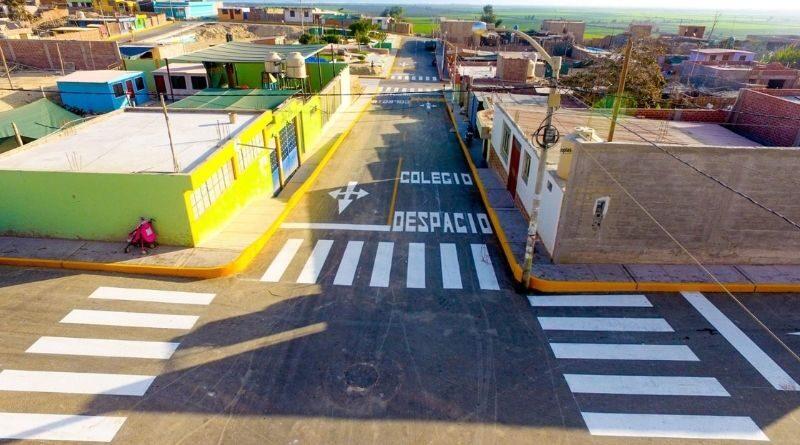Inaguran calles de asentamientos Santa Rosa y Alfonso Ugarte en Camaná