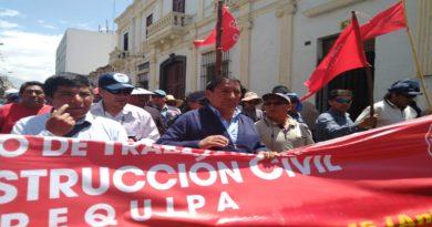 Multitudinaria marcha en respaldo a dirigentes detenidos