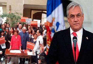 Firman acusación constitucional contra Sebastián Piñera