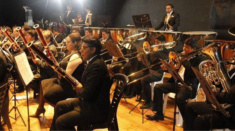 Maestro Enrique F. Victoria Obando
