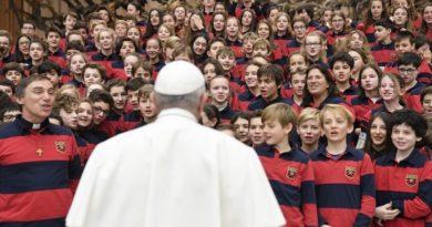 El Papa: vivir las bienaventuranzas nos otorgará profunda alegría y paz