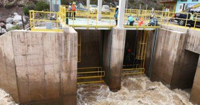 SEDAPAR restablece producción de agua potable