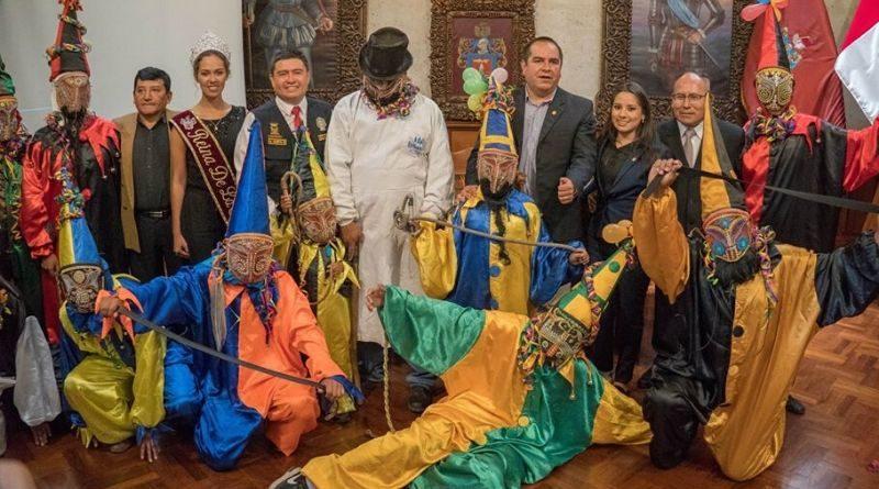 Presentan actividades del Carnaval Arequipeño