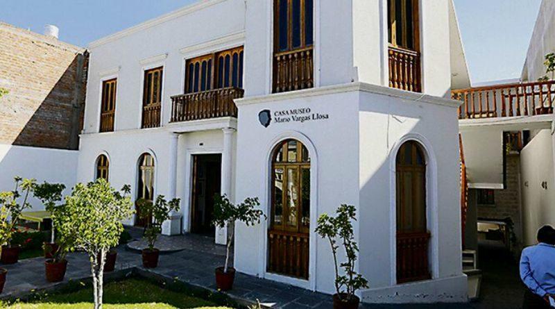 Mujeres ingresarán gratis a Museo Virtual Mario Vargas Llosa