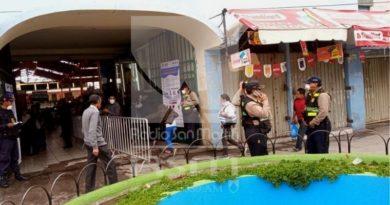 La afluencia de público es la esperada en mercado San Camilo