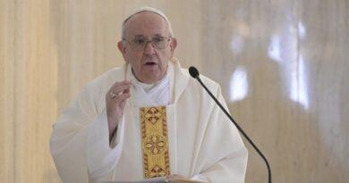 Catequesis del Papa. No al ateísmo cotidiano: «amo a Dios pero no a mi hermano»