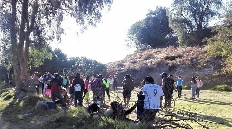 Más de 50 jóvenes entre hombres y mujeres fueron intervenidos en Socabaya