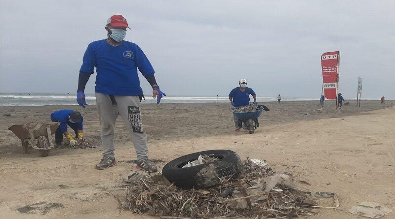 Recogen 4 toneladas de residuos sólidos de playas de Camaná